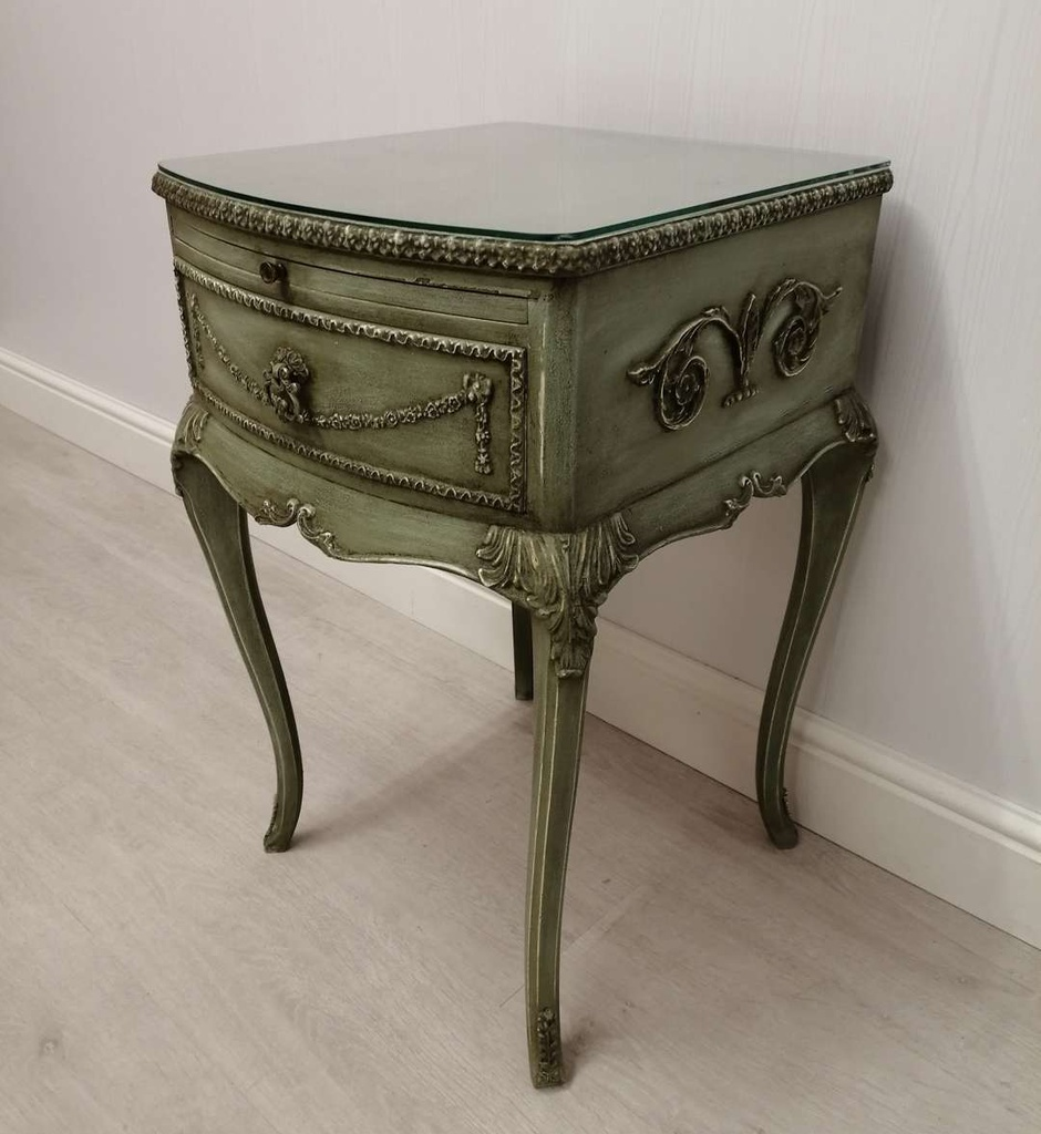 Antique French Style 'Bramwell' Distressed