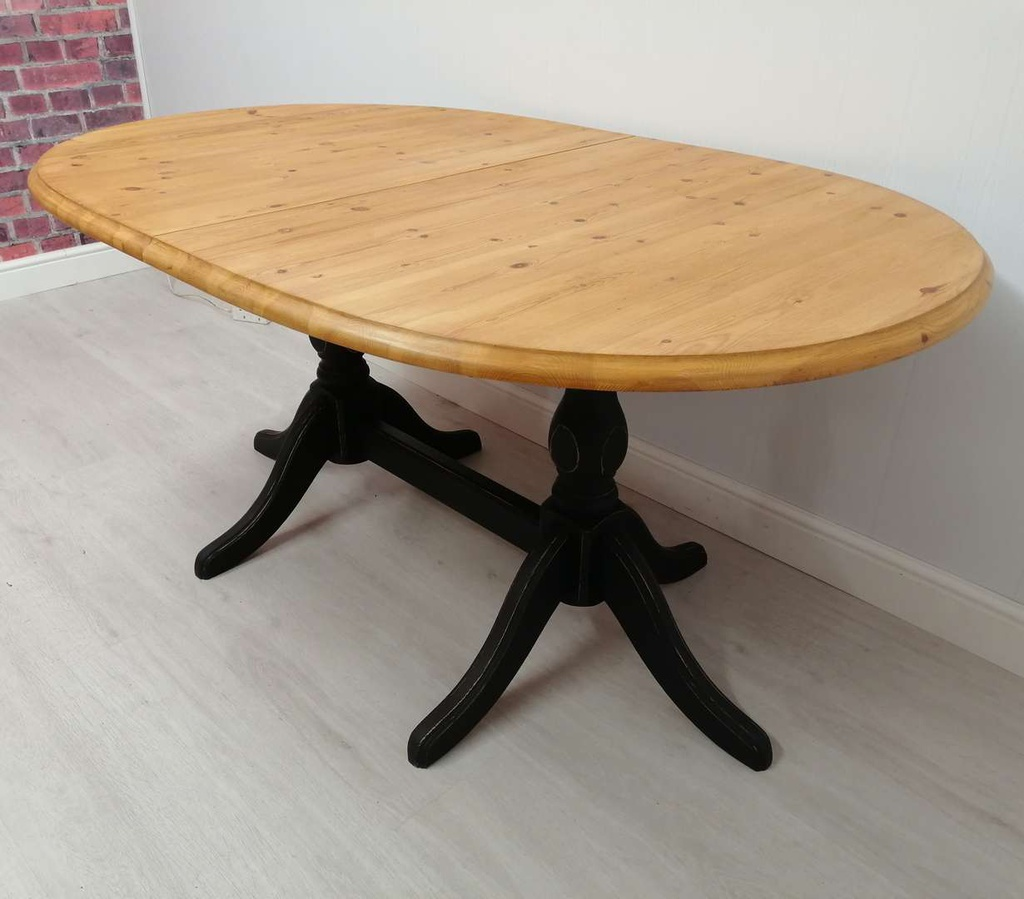 'Natural Charcoal' Extending Pine Table